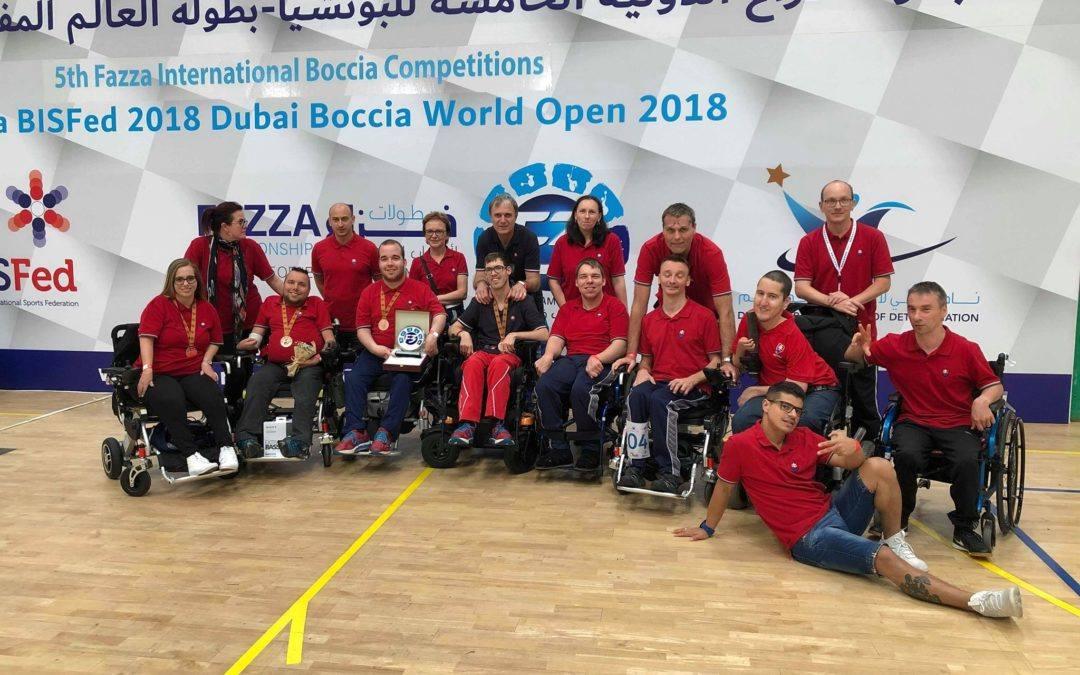 Z Dubaja dve bronzové medaily